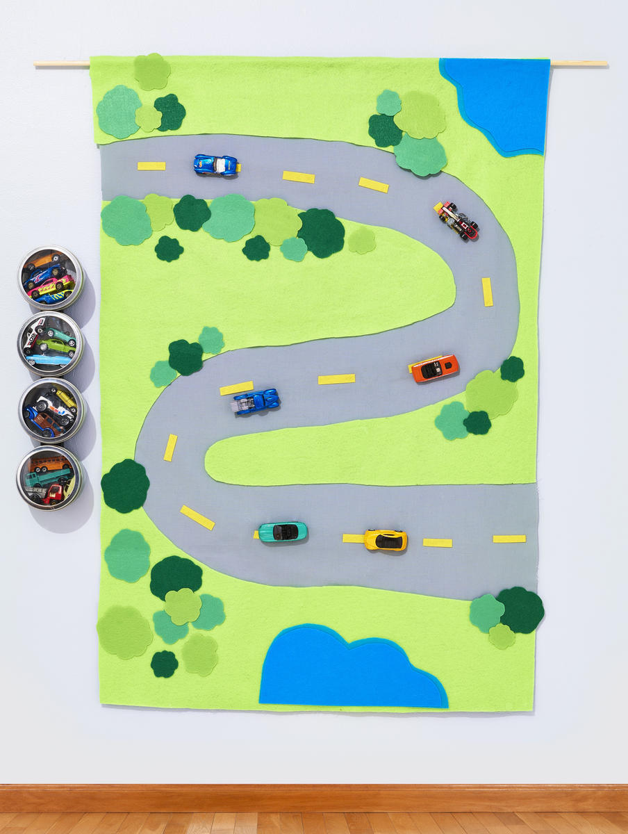 Kids Collections Hanging Toy Mat Magnetic Racecars