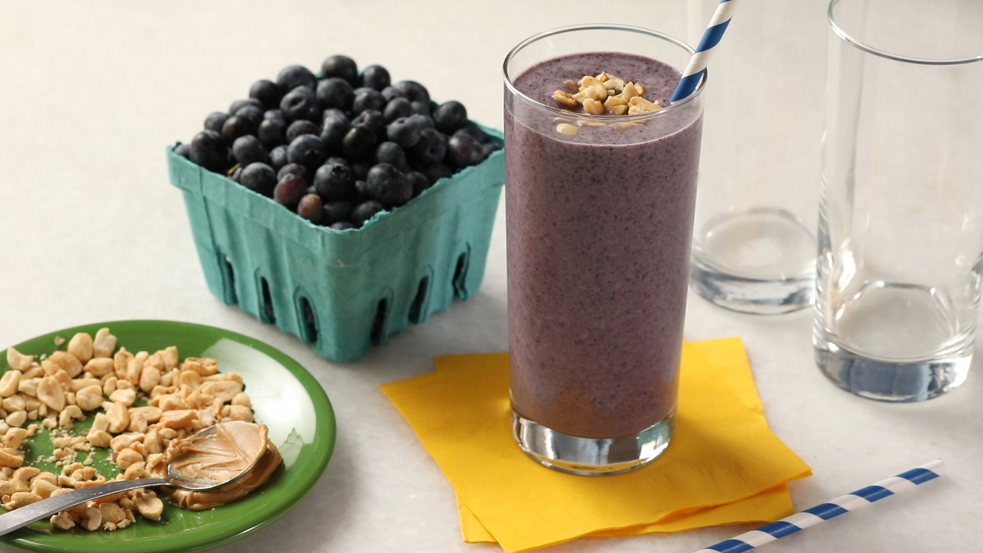 7 Easy and Delicious Lactation Smoothies