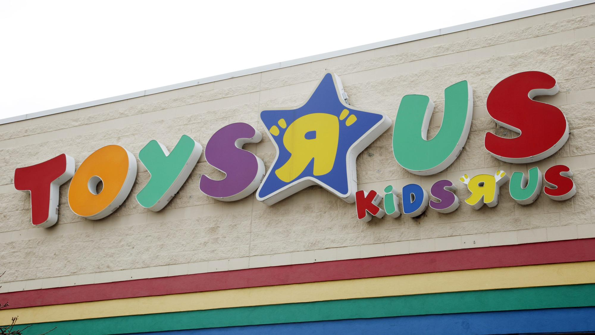 Toys R Us Facing Possible Bankruptcy