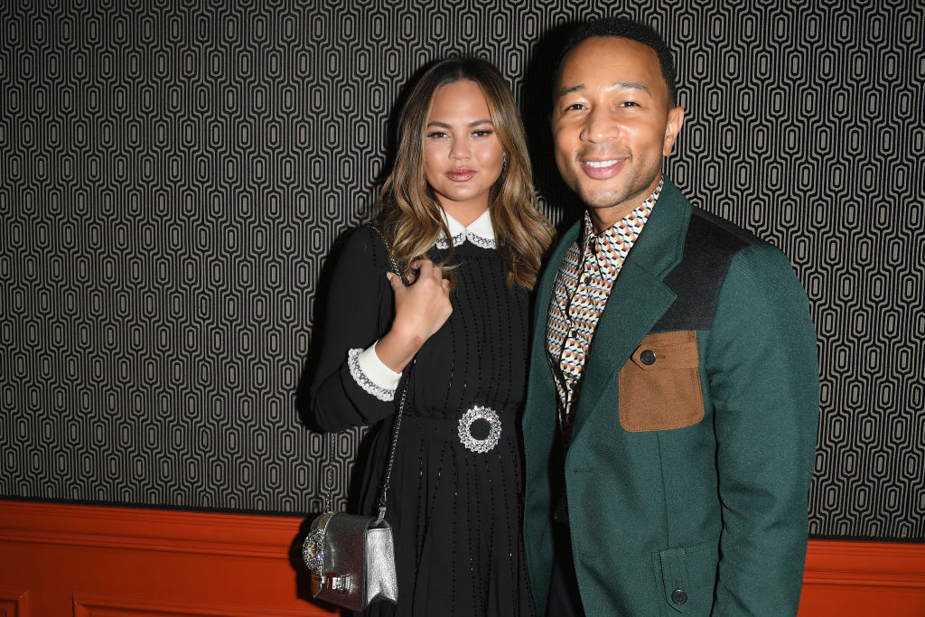 Chrissy Teigen Just Proved How Much Luna Looks Like Her Dad