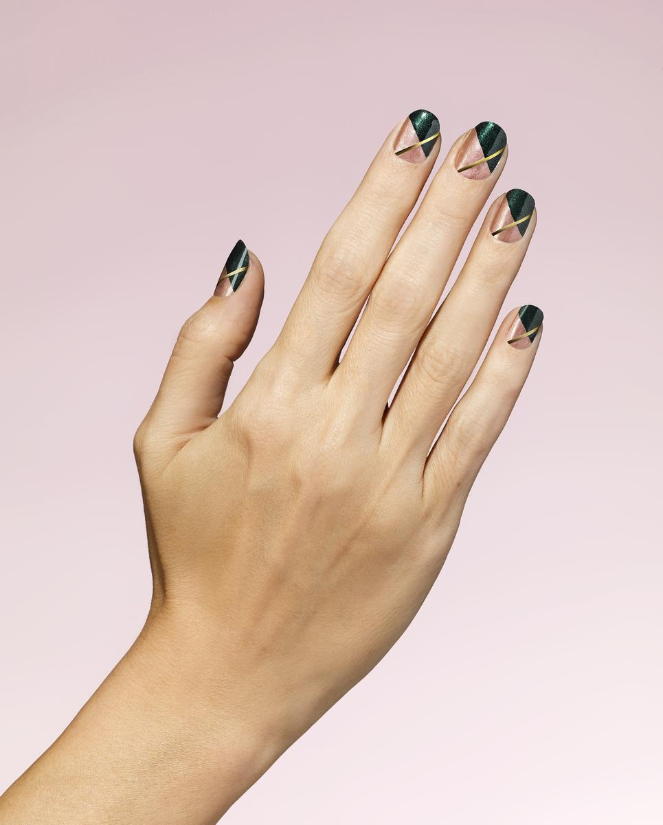 Easy Ways to Get Holiday-Ready Nails