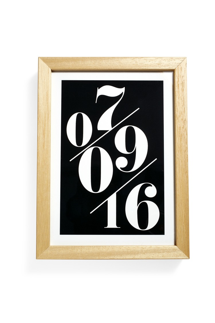 Customized Gifts Serif Date Memento Art Print