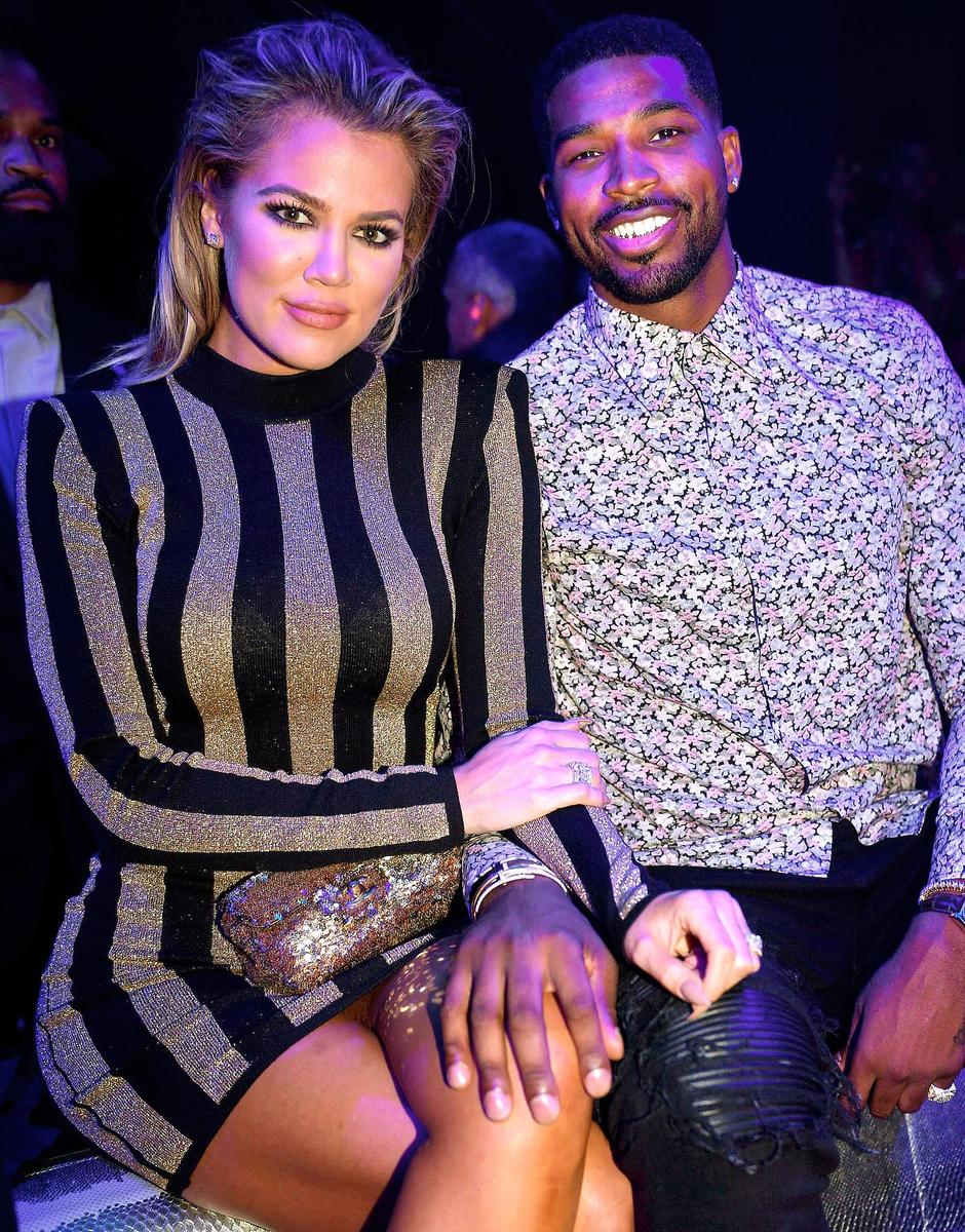 Khloe Kardashian Officially Confirms That She's Expecting Her First Child