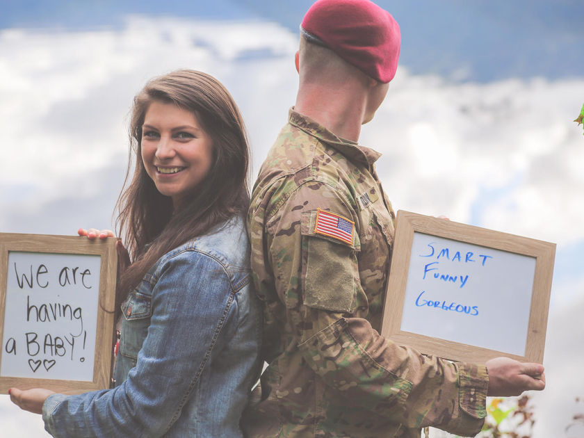 Military Wife Told Her Husband That She's Pregnant in the Middle of a Photo Shoot