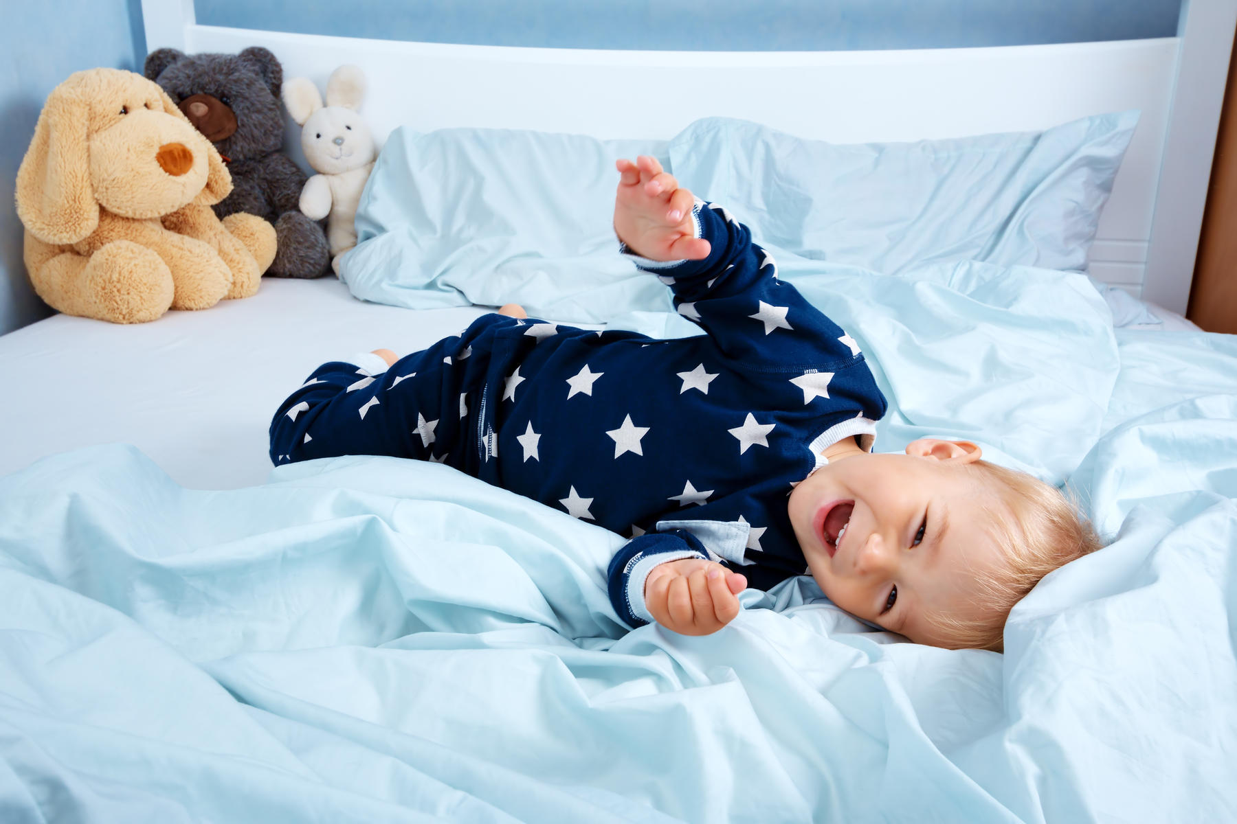 4 Things to Consider Before Moving Your Kid From Crib to Toddler Bed