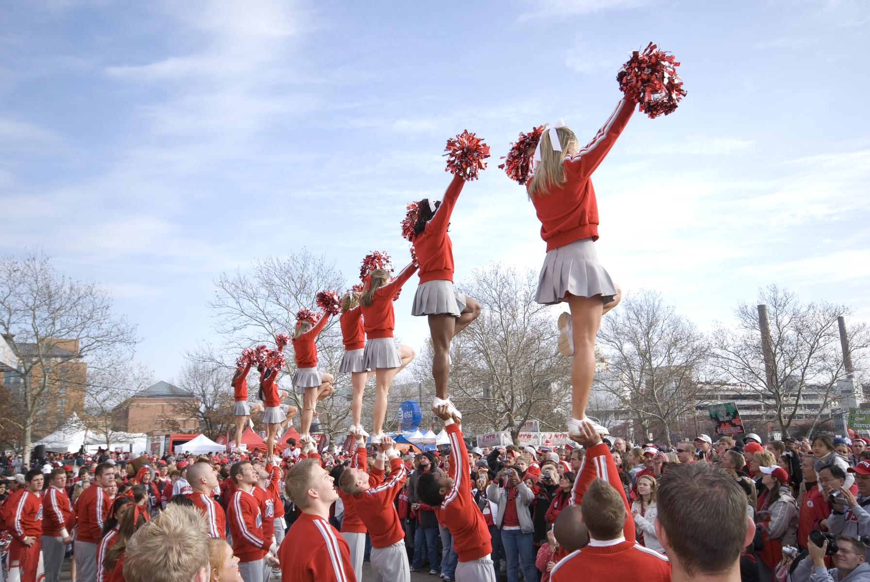 Tens of Thousands of Cheerleaders Possibly Exposed to Mumps at National Competition