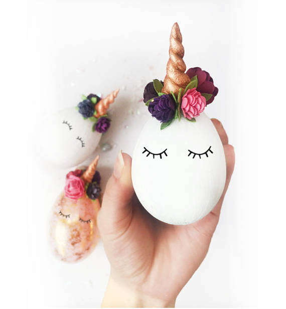 This Unicorn Egg Dyeing Kit Gives the Easter Tradition a Whimsical Twist