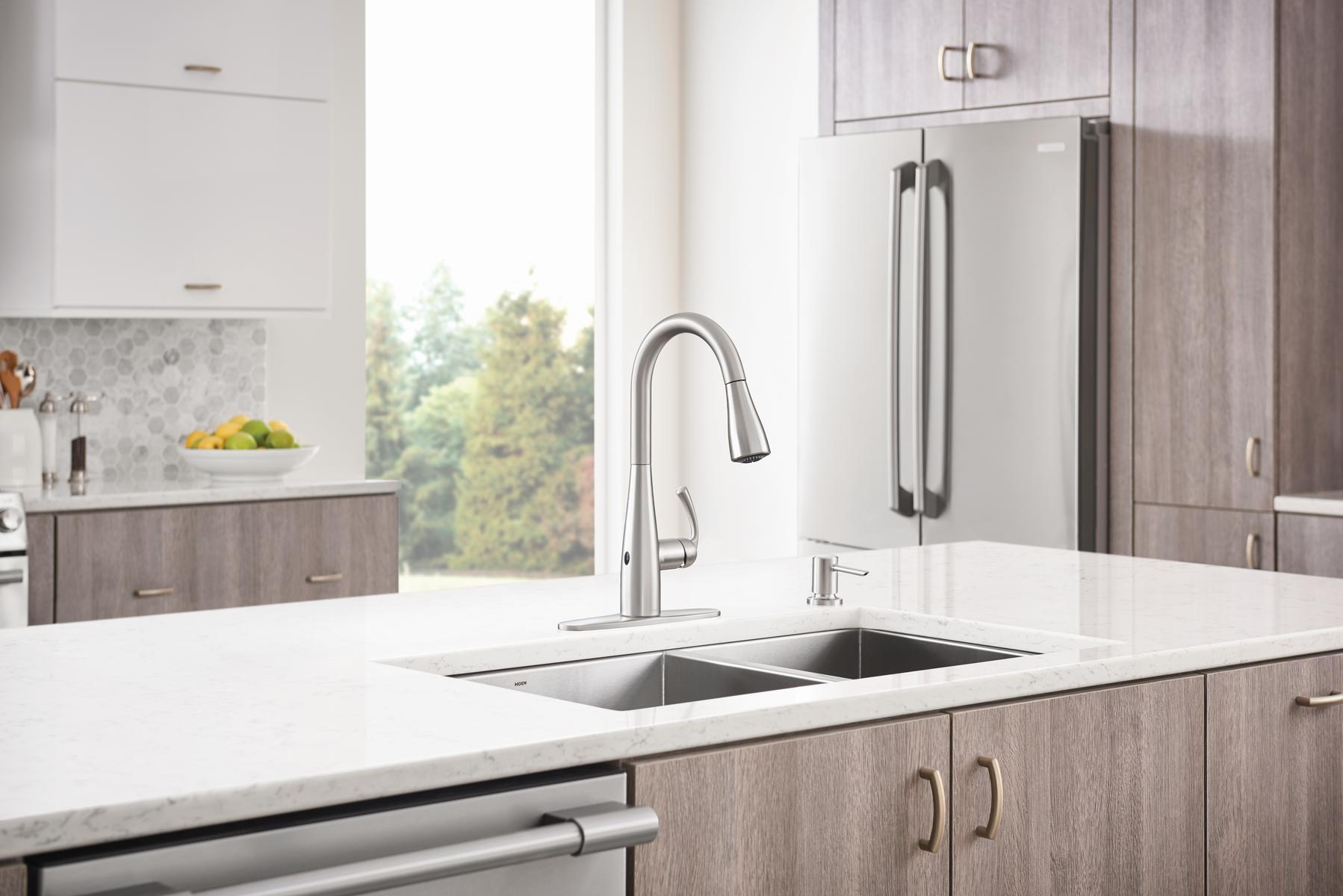 Family Technology Moen MotionSense Wave kitchen faucet
