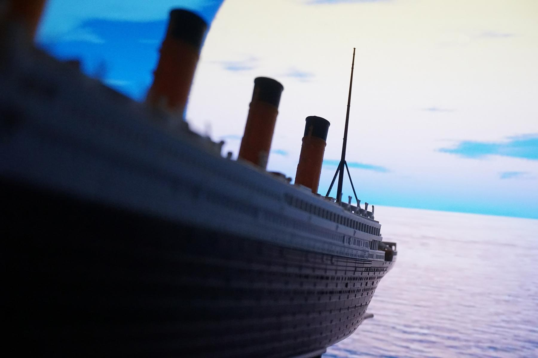 World's Largest Lego Titanic Replica, Built by Young Autistic Boy, on Display in Tennessee