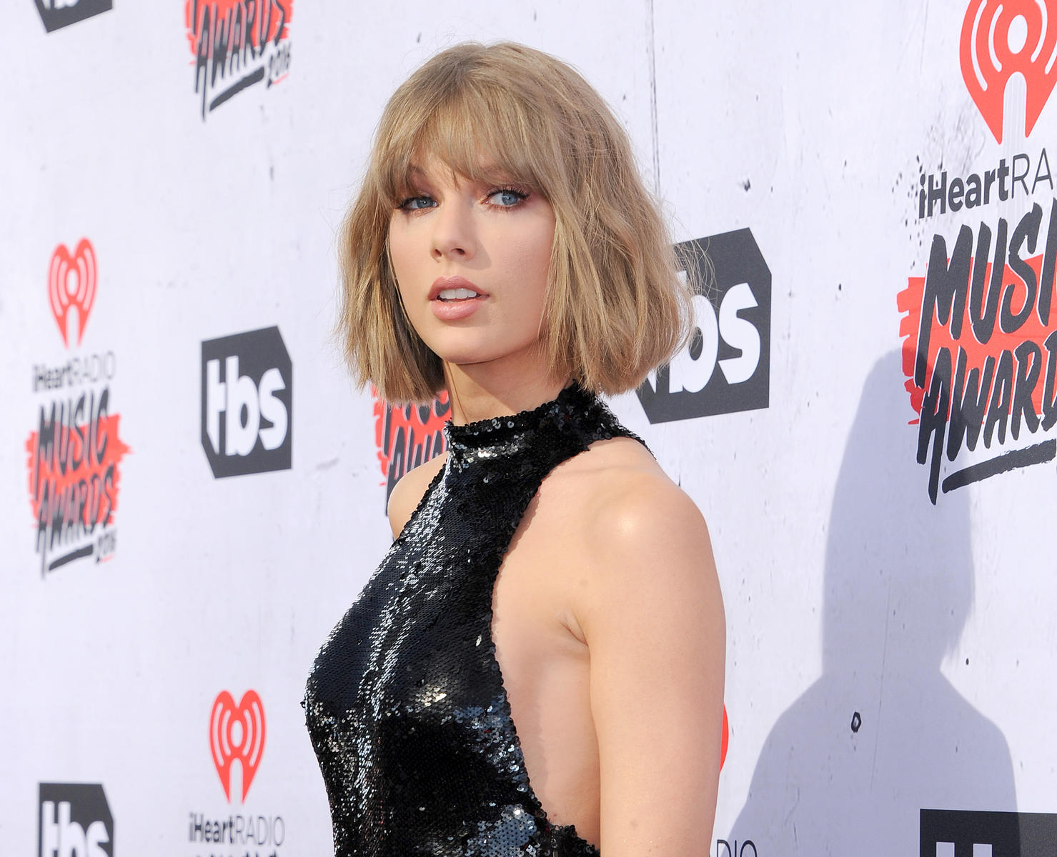 Taylor Swift Treats Arizona Foster Kids to Private Concert & Pizza Party 'They'll Never Forget'