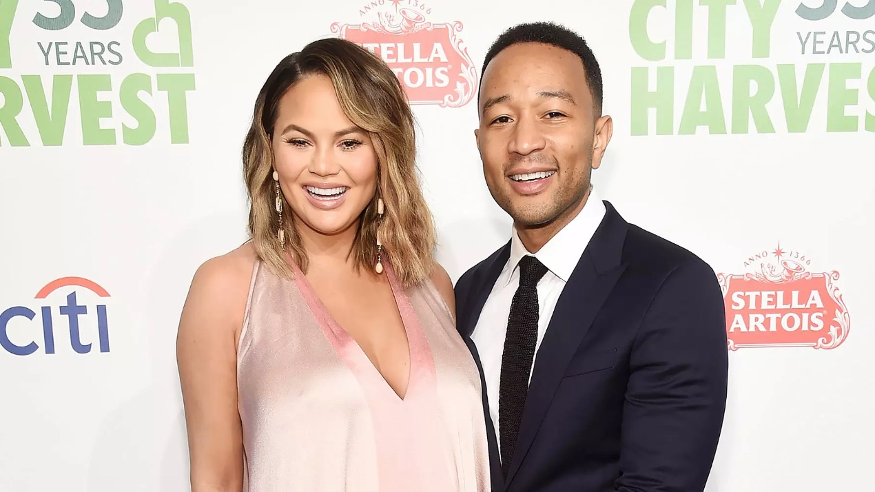 Chrissy Teigen and John Legend Welcome Baby Number 2: 'Somebody's Herrrrrrre!'