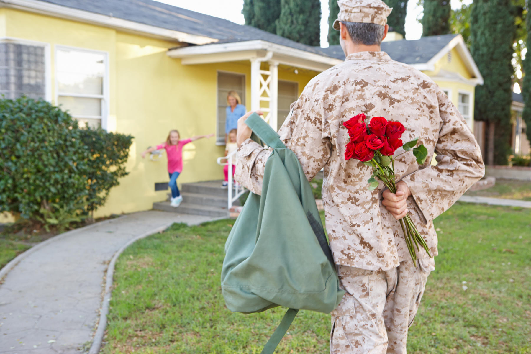 Army Soldier Father Coming Home Surprise