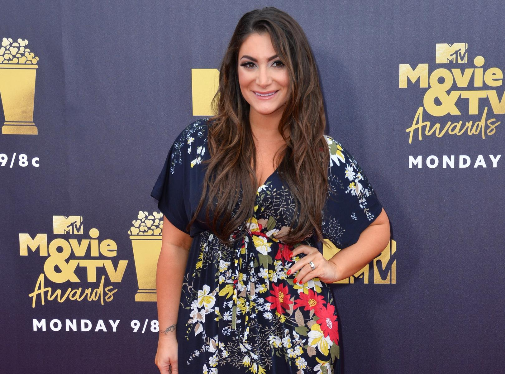 Jersey Shore Deena Cortese MTV Movie Awards Carpet