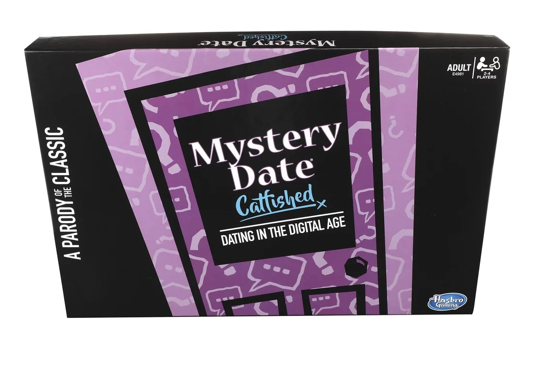 TWISTS On Hasbro Classic Board Game MYSTERY DATE CATFISHED