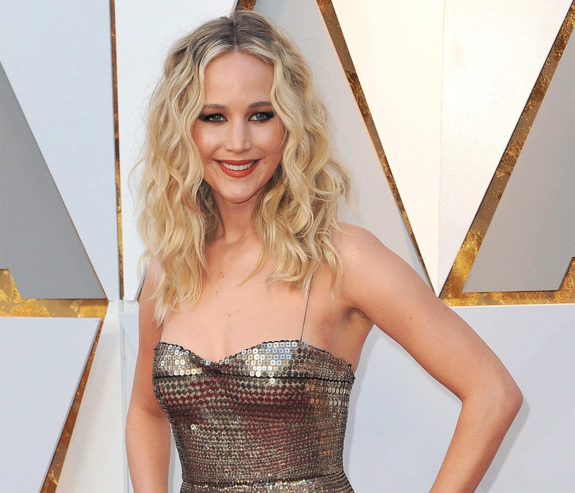 Jennifer Lawrence Makes Annual Christmastime Visit to Kentucky Children's Hospital