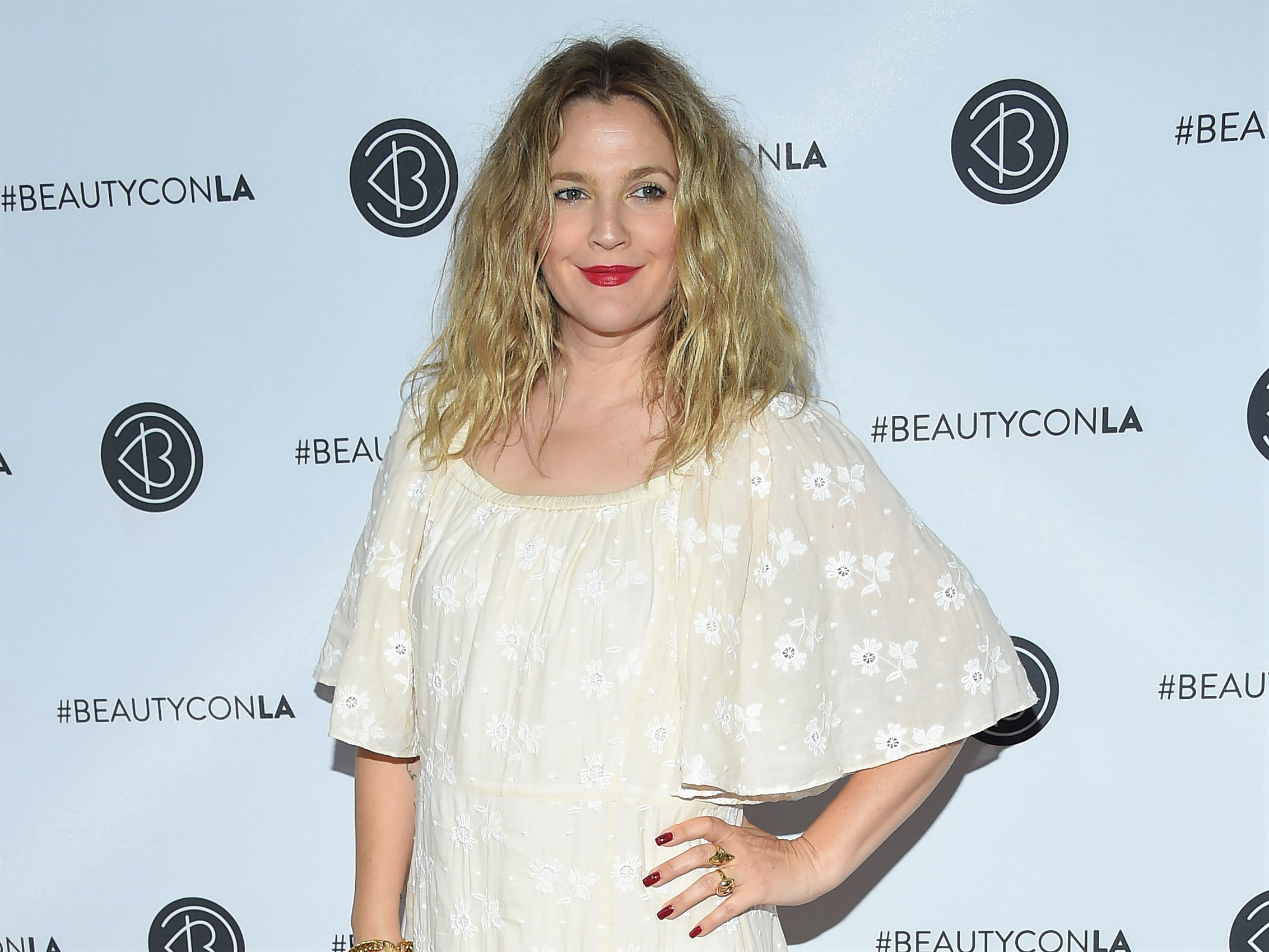 Drew Barrymore Posts Before & After Photos While Revealing She's Lost 25 Lbs: 'It's Hard AF'