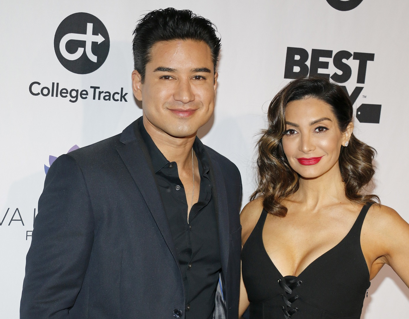 'It's a Boy!' Mario Lopez and Wife Courtney Welcome 'Healthy, Beautiful' Son Santino Rafael