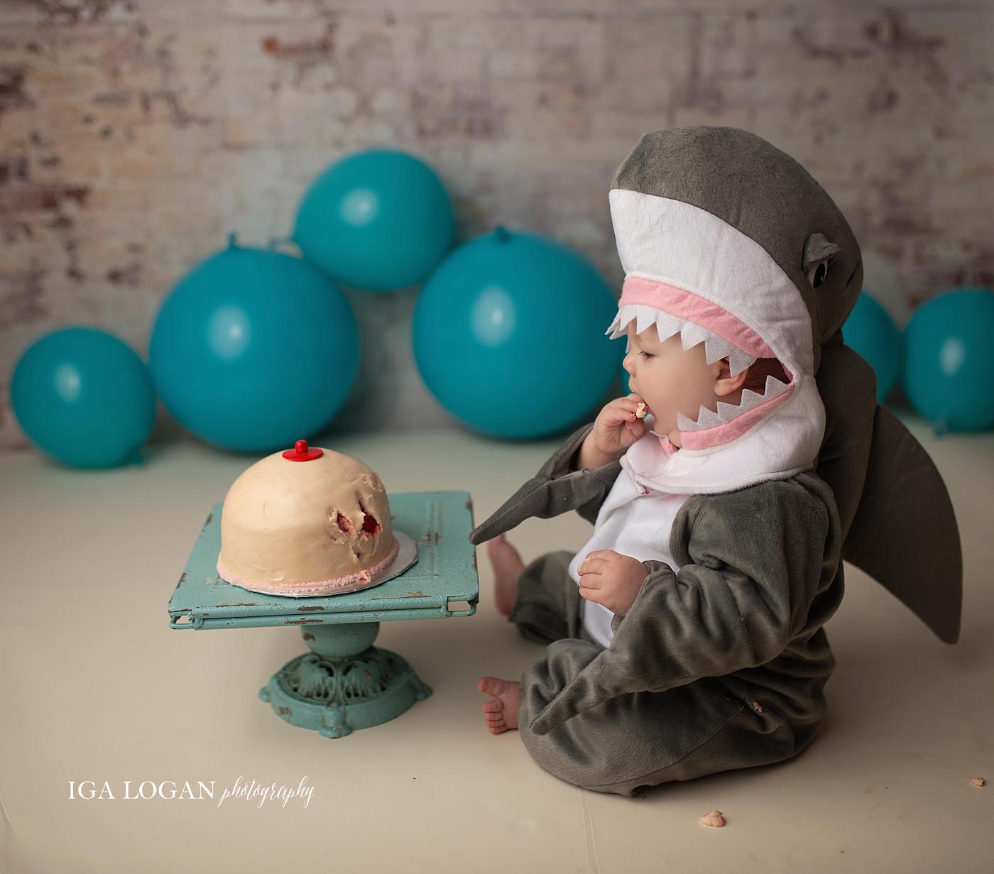 Adorable 'Baby Shark' Photo Shoot Pays Tribute to Breastfeeding Moms of Biters