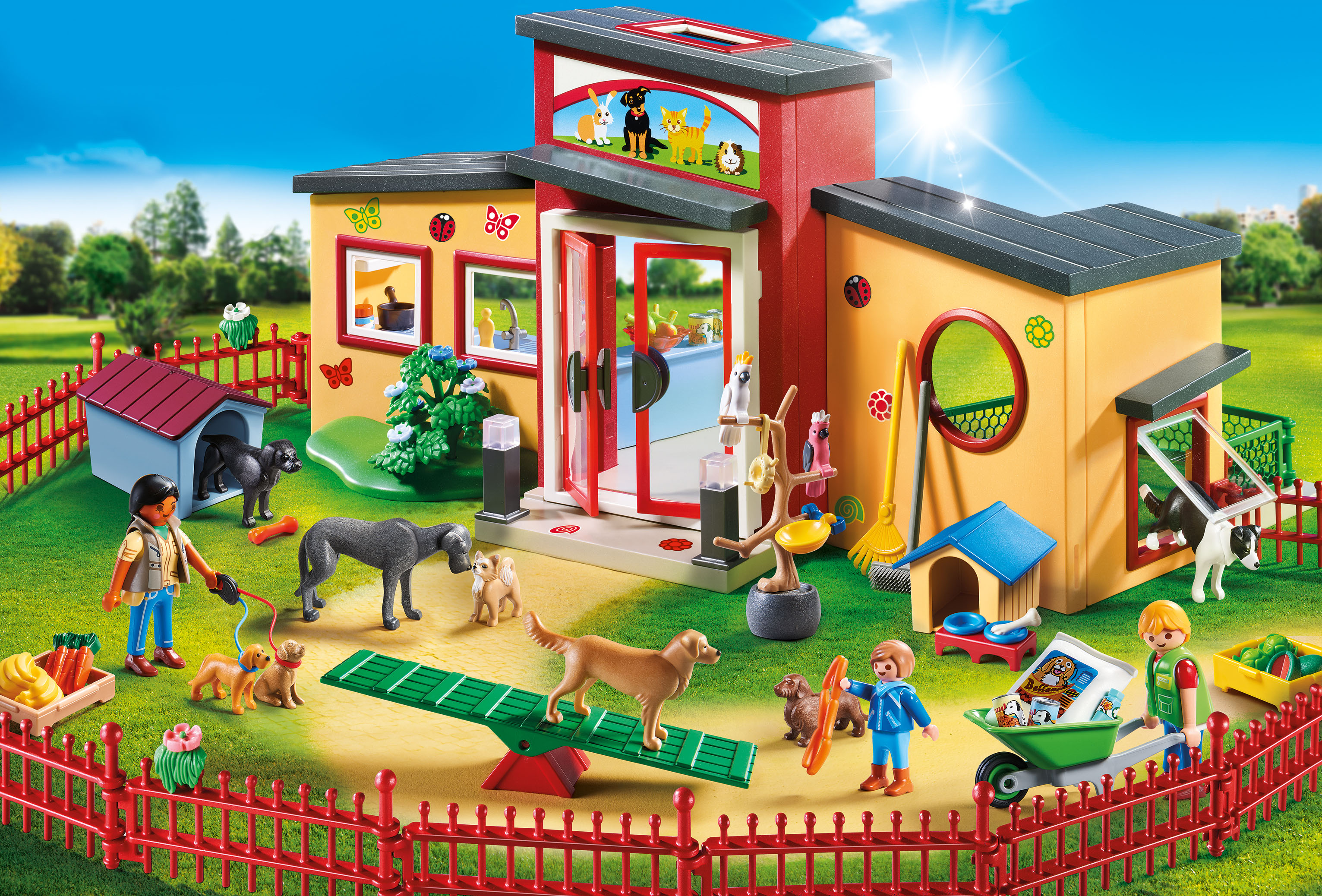 PLAYMOBIL Tiny Paws Pet Hotel 9275.jpg