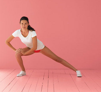 The Move: Side Lunge Knee-Up