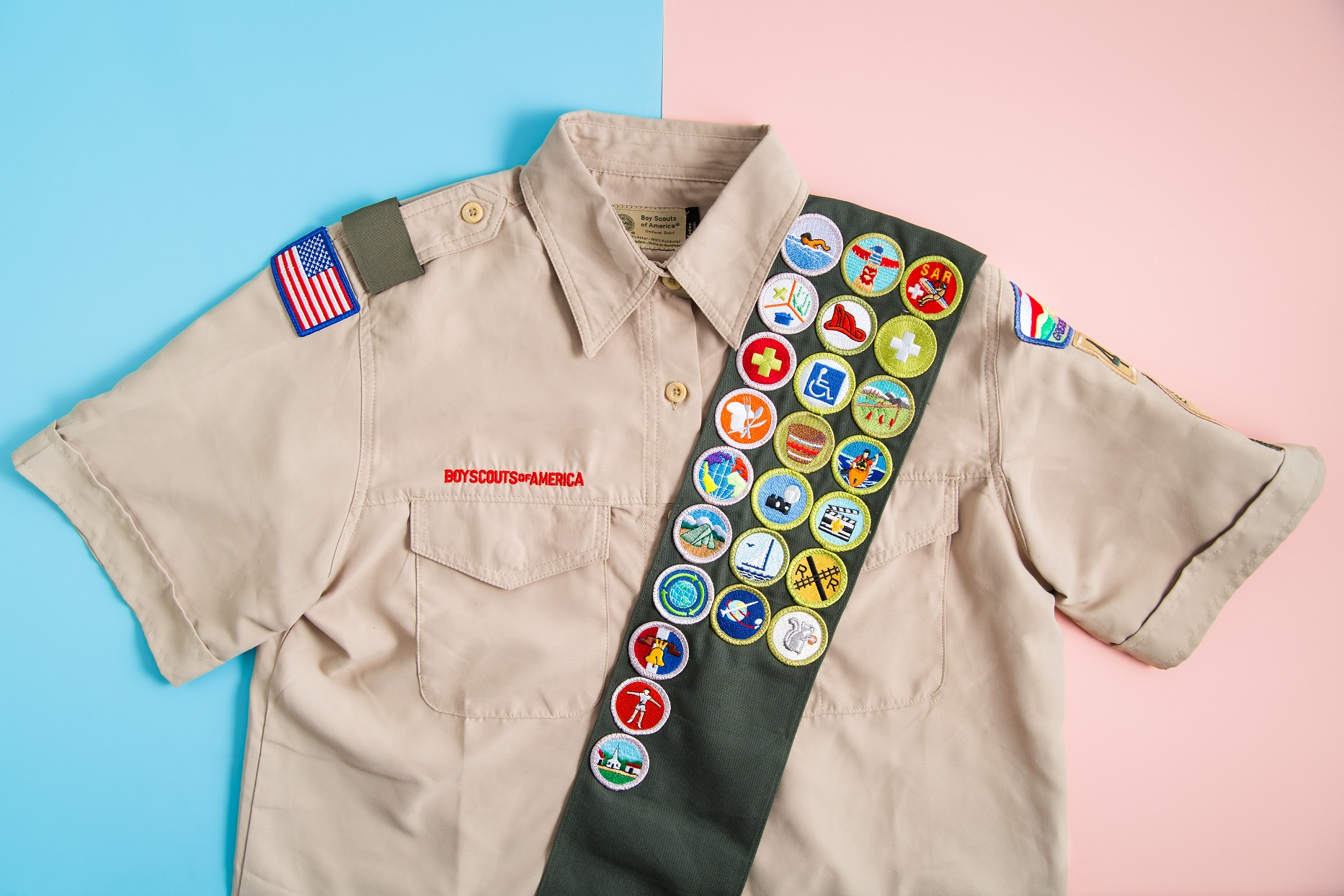 Pennsylvania Boy Scouts Welcome Female Members to Troop by Buying Their New Uniforms