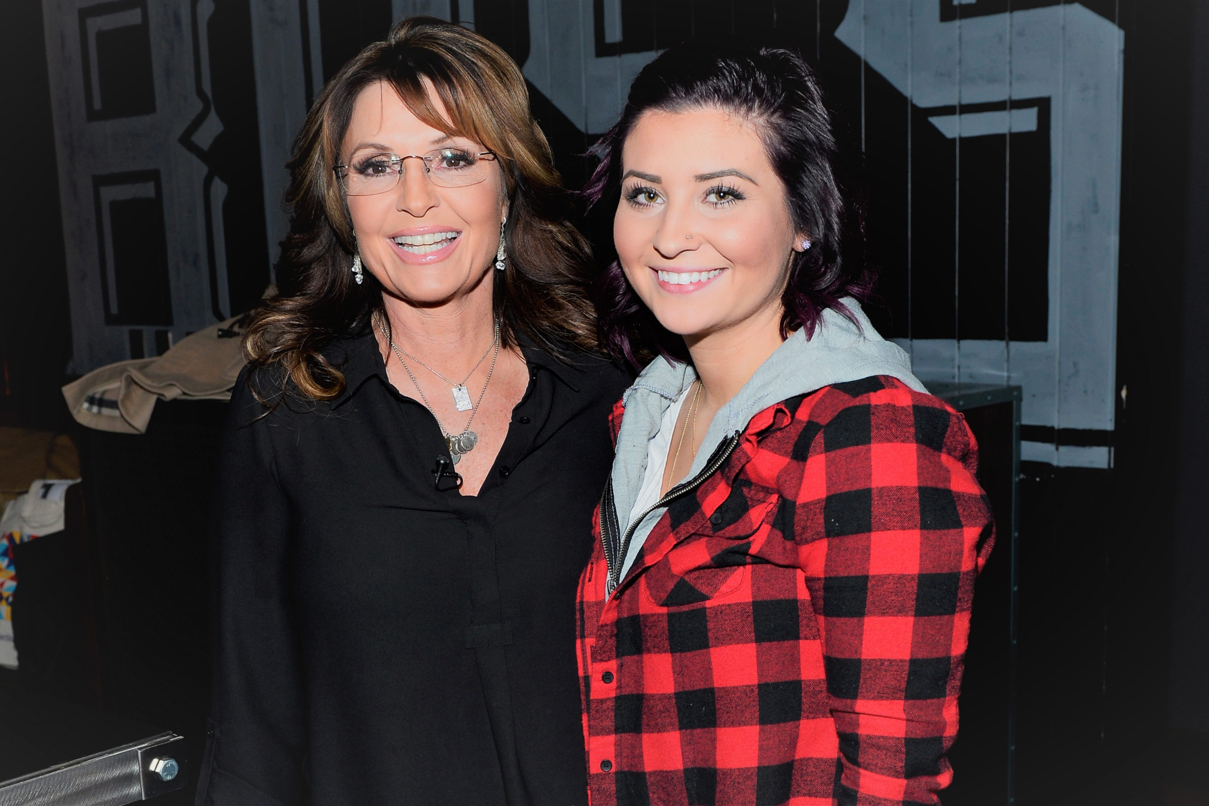 Sarah Palin's Daughter Willow Welcomes Twin Girls Banks and Blaise: 'We Are So in Love'