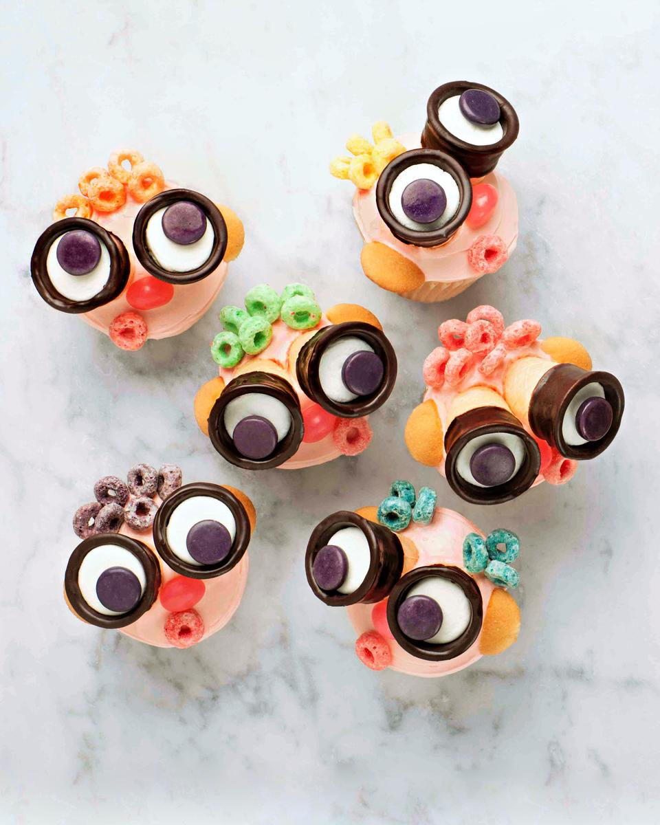 Binocular Cupcakes June July 2018 Treat of the Month