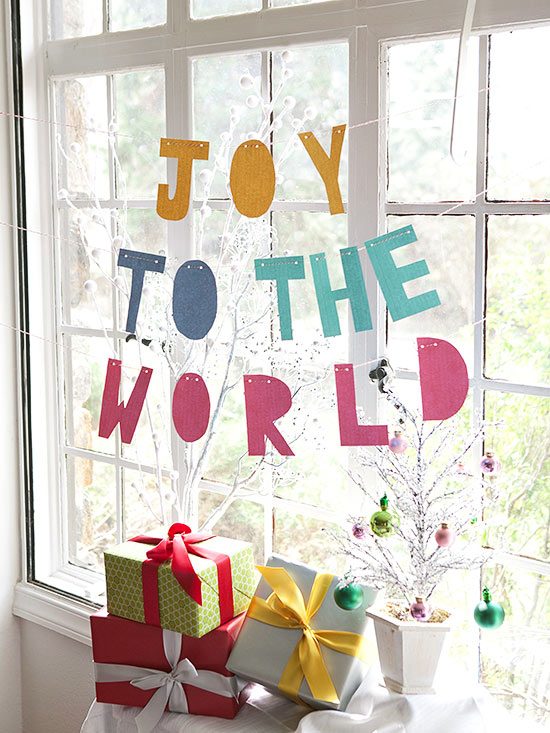 Joy to the world garland