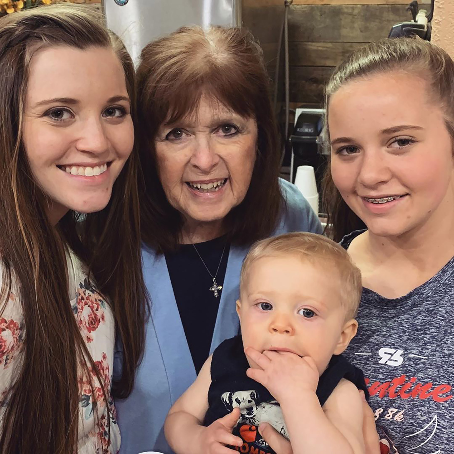 Counting On Star Grandma Mary Duggar Was Found By Her Daughter After Drowning in Pool