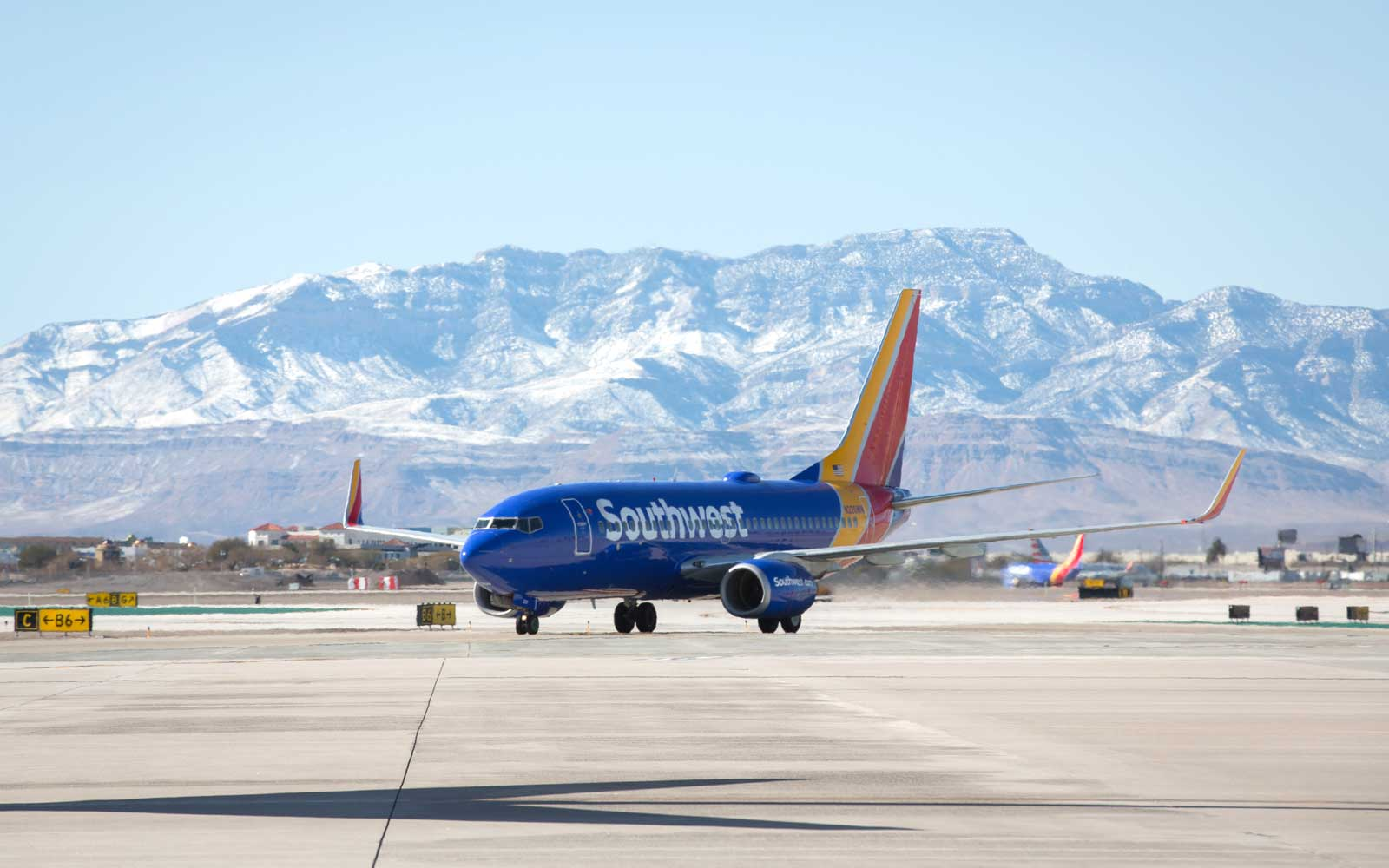 Southwest Airlines Airplane Mountains Background