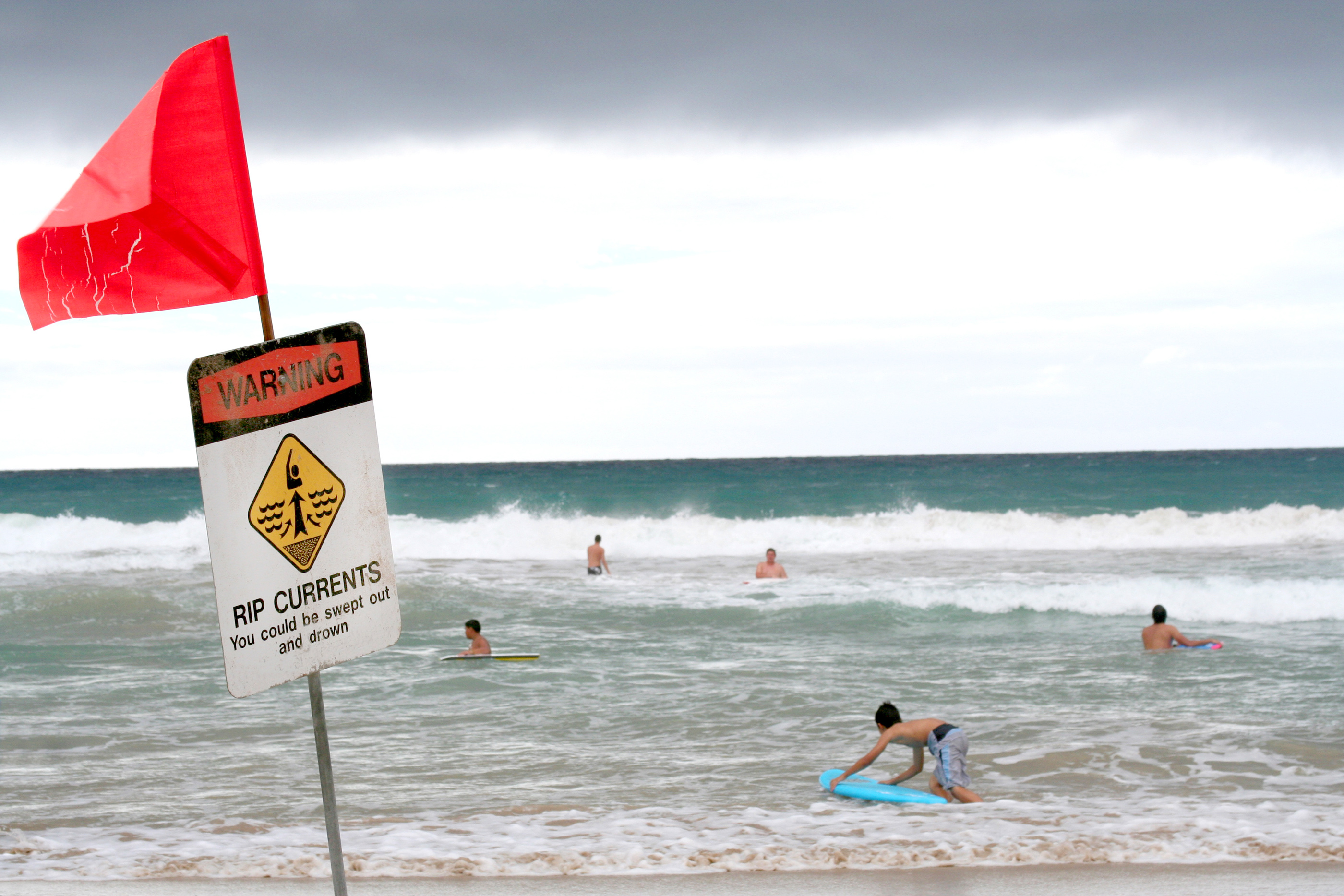 Why Rip Currents Are So Deadly, and How to Keep Your Kids Safe From Them