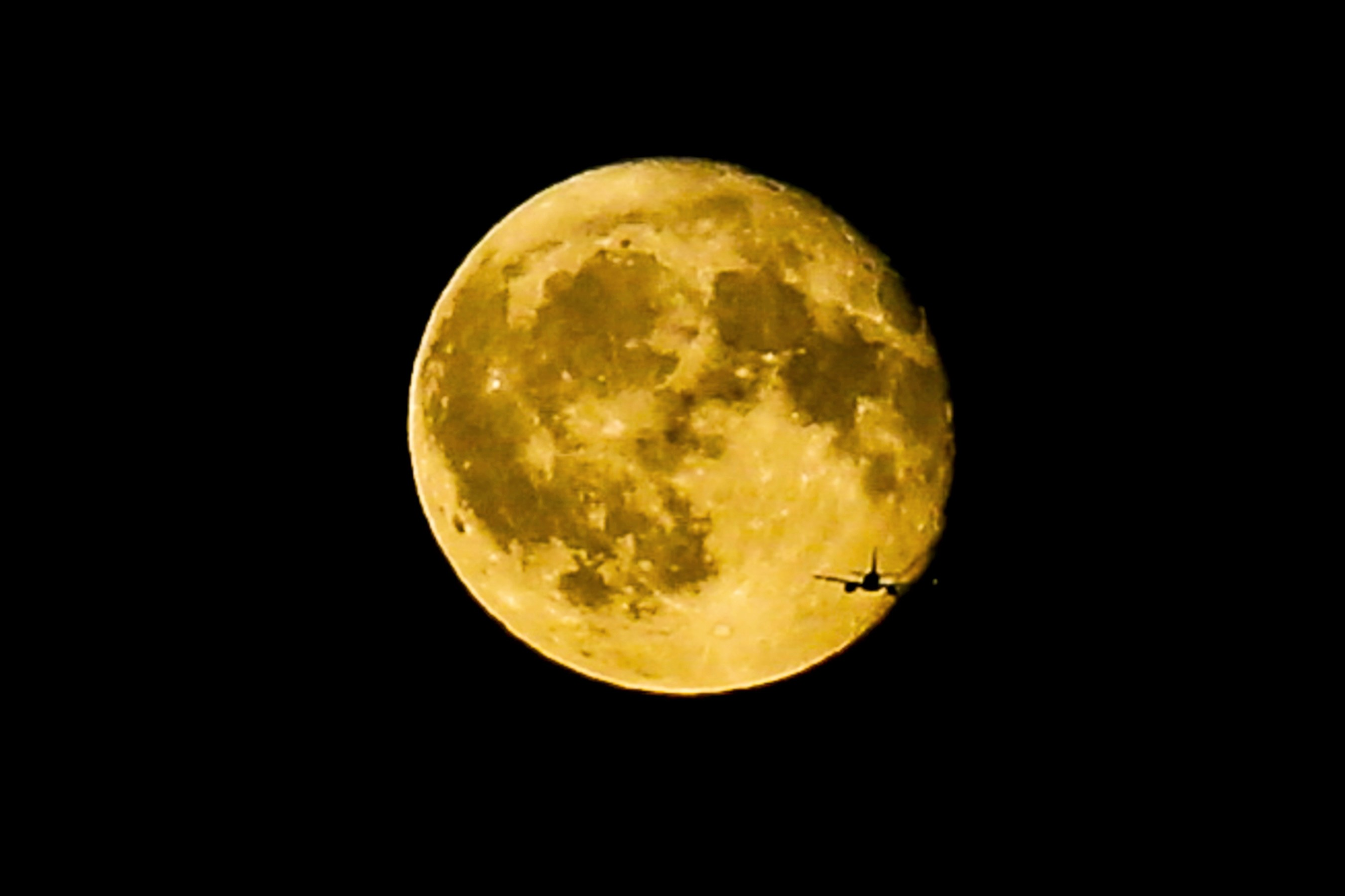 Spooky! A Rare Harvest Moon Is Happening this Friday the 13th — How to See the Lunar Phenomenon
