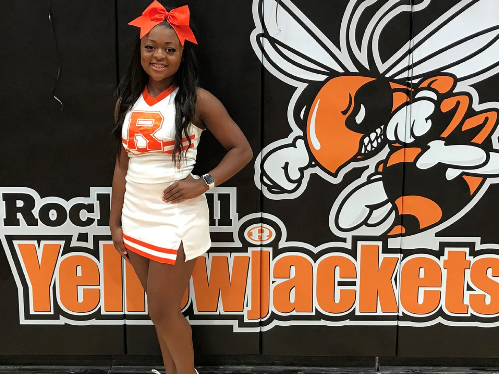 High School Cheerleader Jumps Off Homecoming Parade Float To Save Choking Child