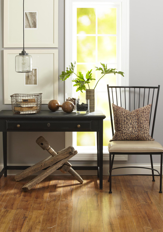 Metal Windsor chair.