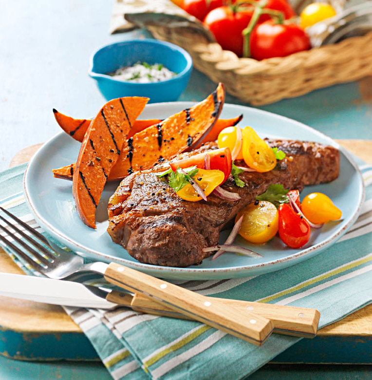 Peppery Grilled Steak With Tomatoes