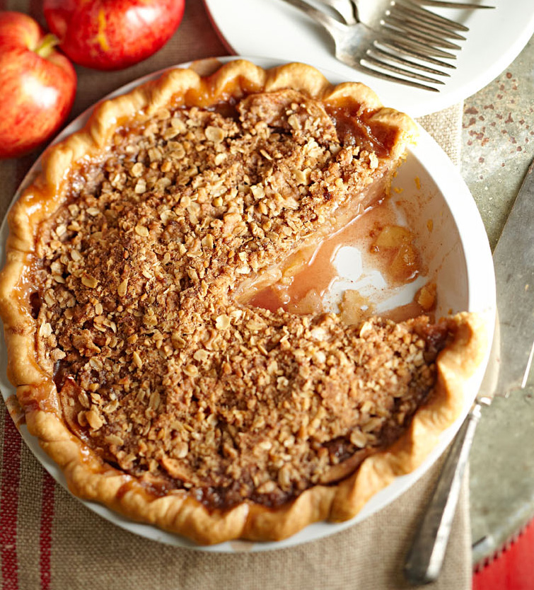 Crumb-Topped Apple Trio Pie