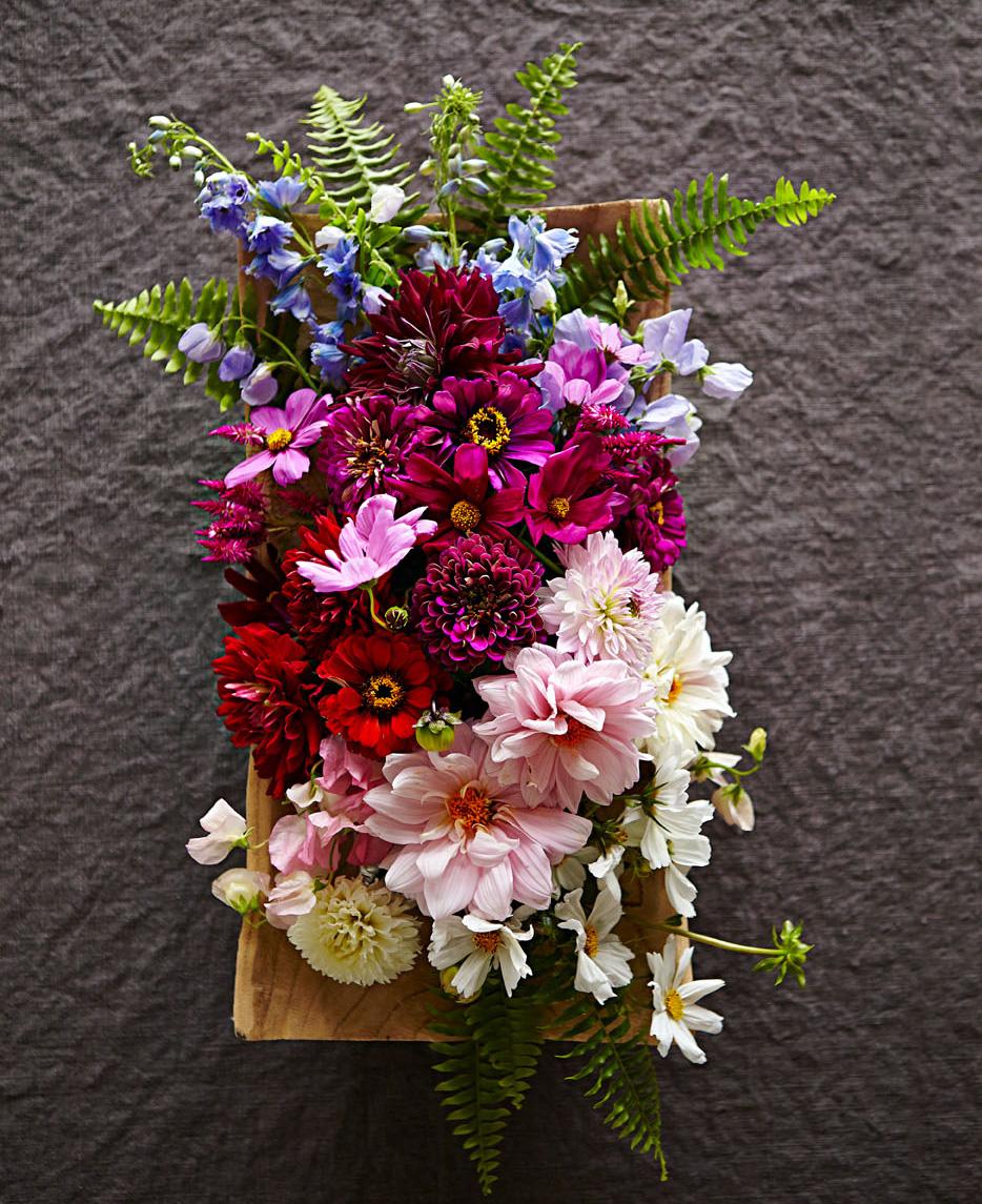 Artfully ombre flower arrangement