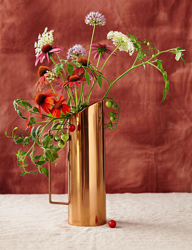 Garden varietyflower arrangement