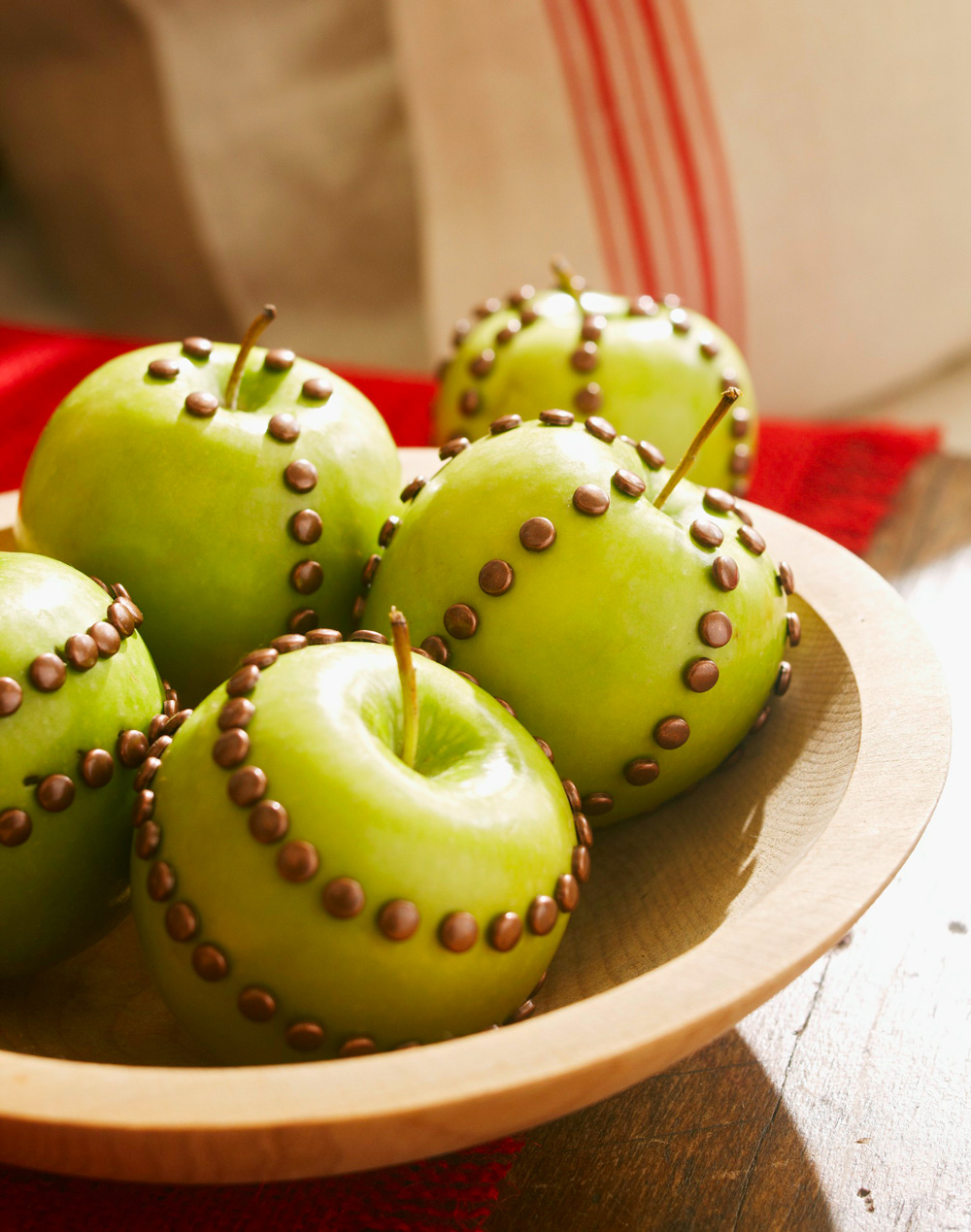 Dress up fruit