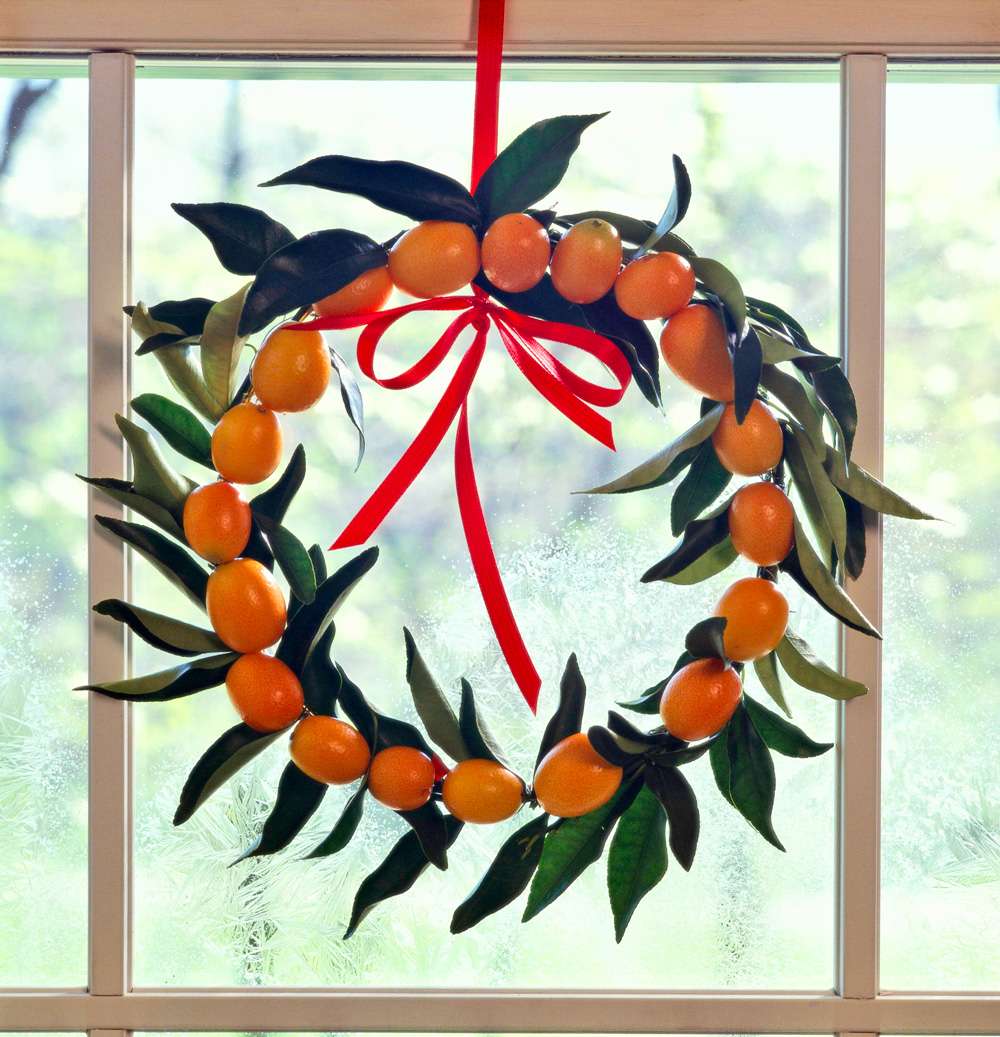 Merry and bright kumquat wreath