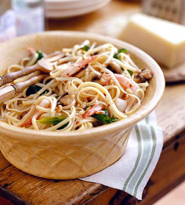 Linguini with Shrimp and Pine Nuts