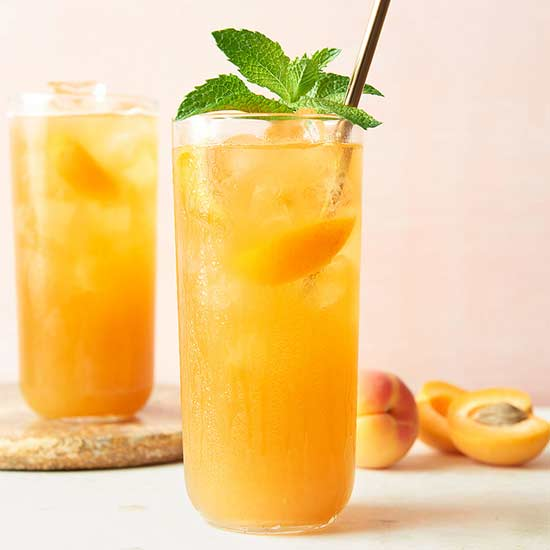 Apricot-Mint Iced Tea