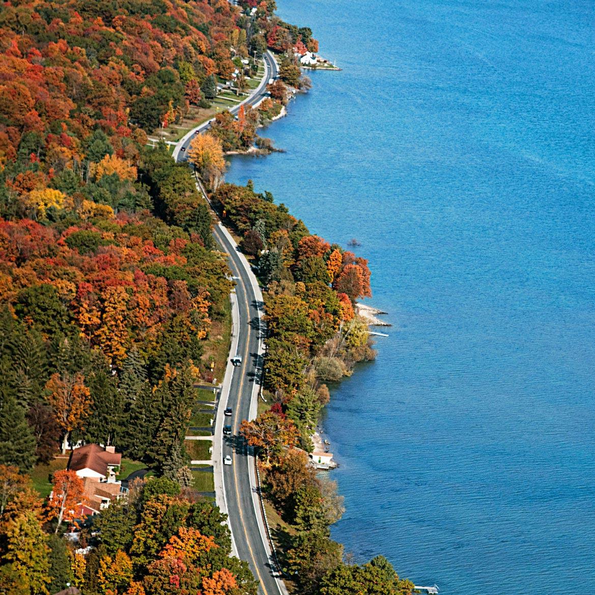Michigan: M-22 color tour