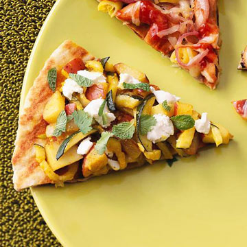 Indian-Curry Veggie and Chevre Grilled Pizza