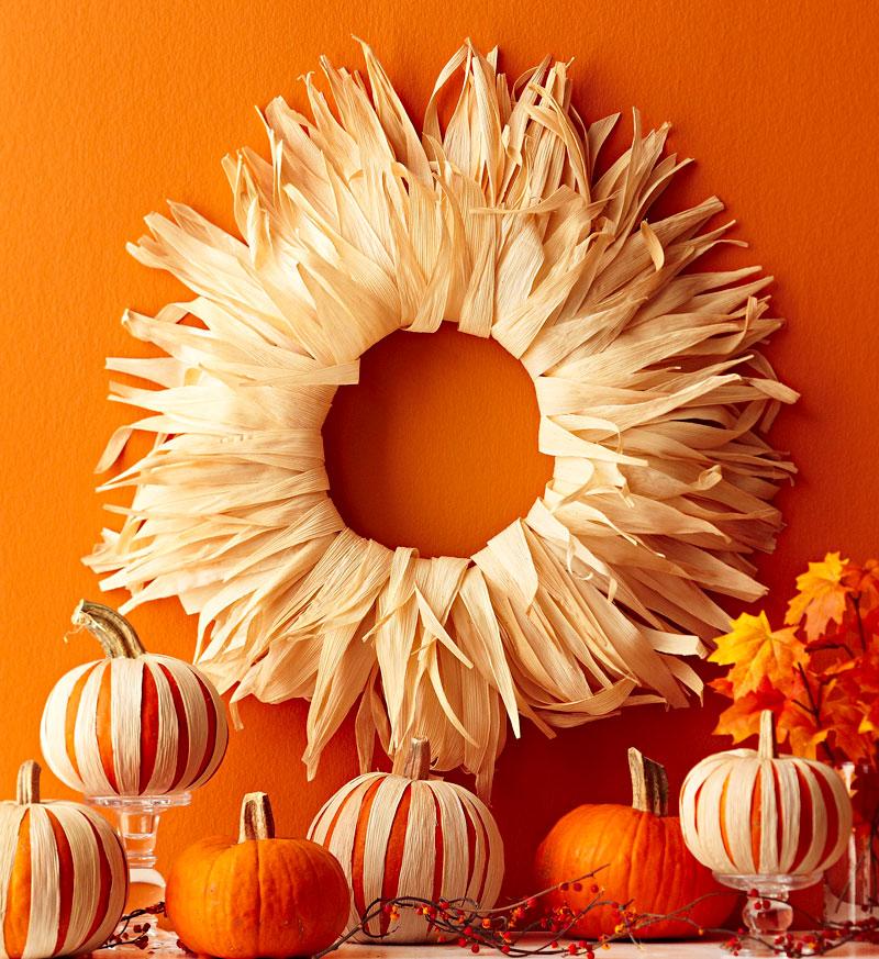 Sunburst corn husk wreath