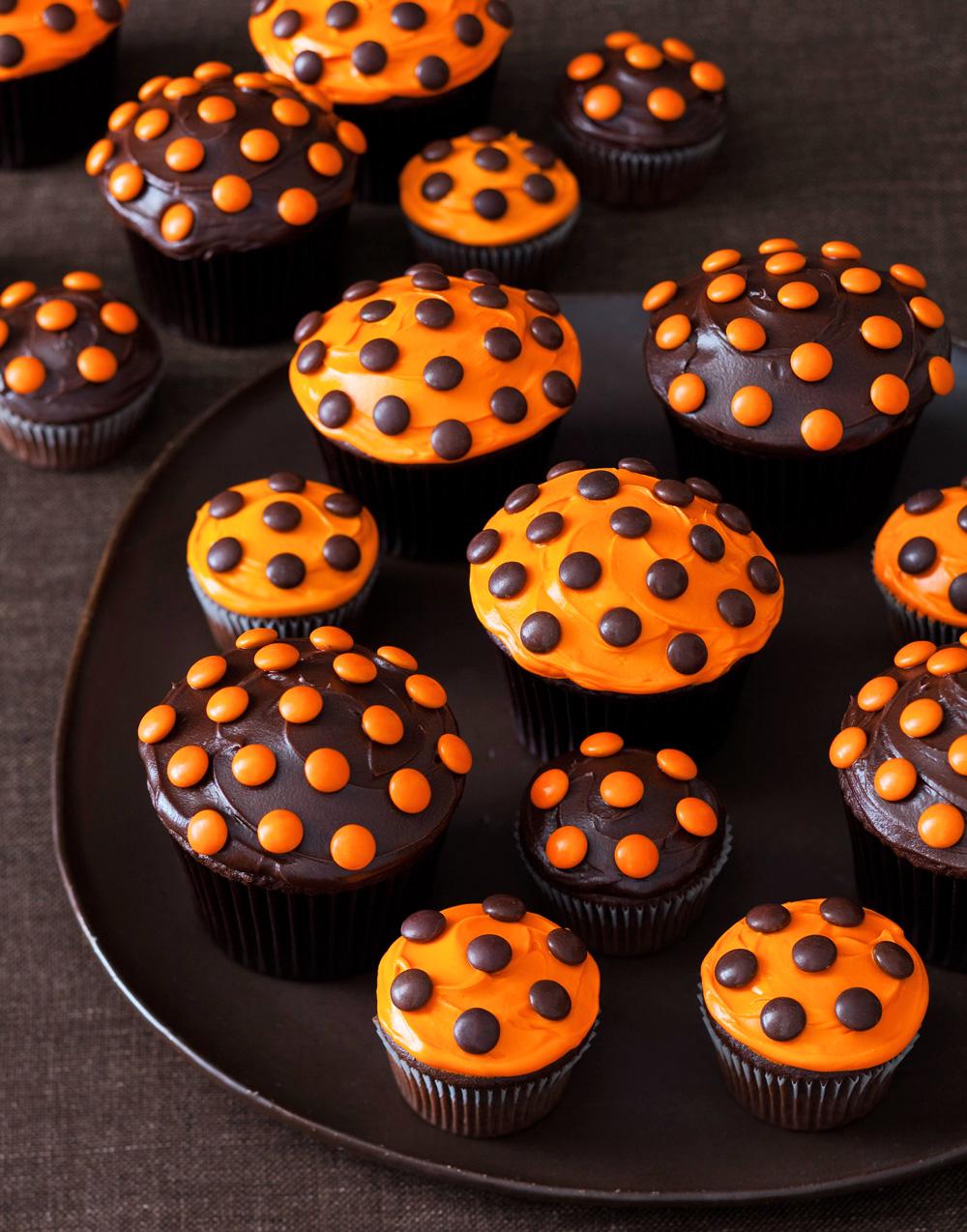 Polka-Dot Cupcakes