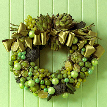 Veggie lover's wreath