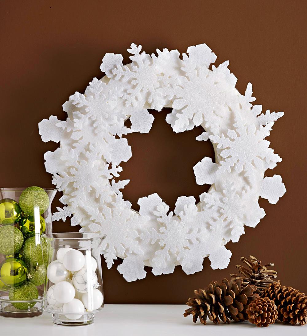 Circle of snow wreath