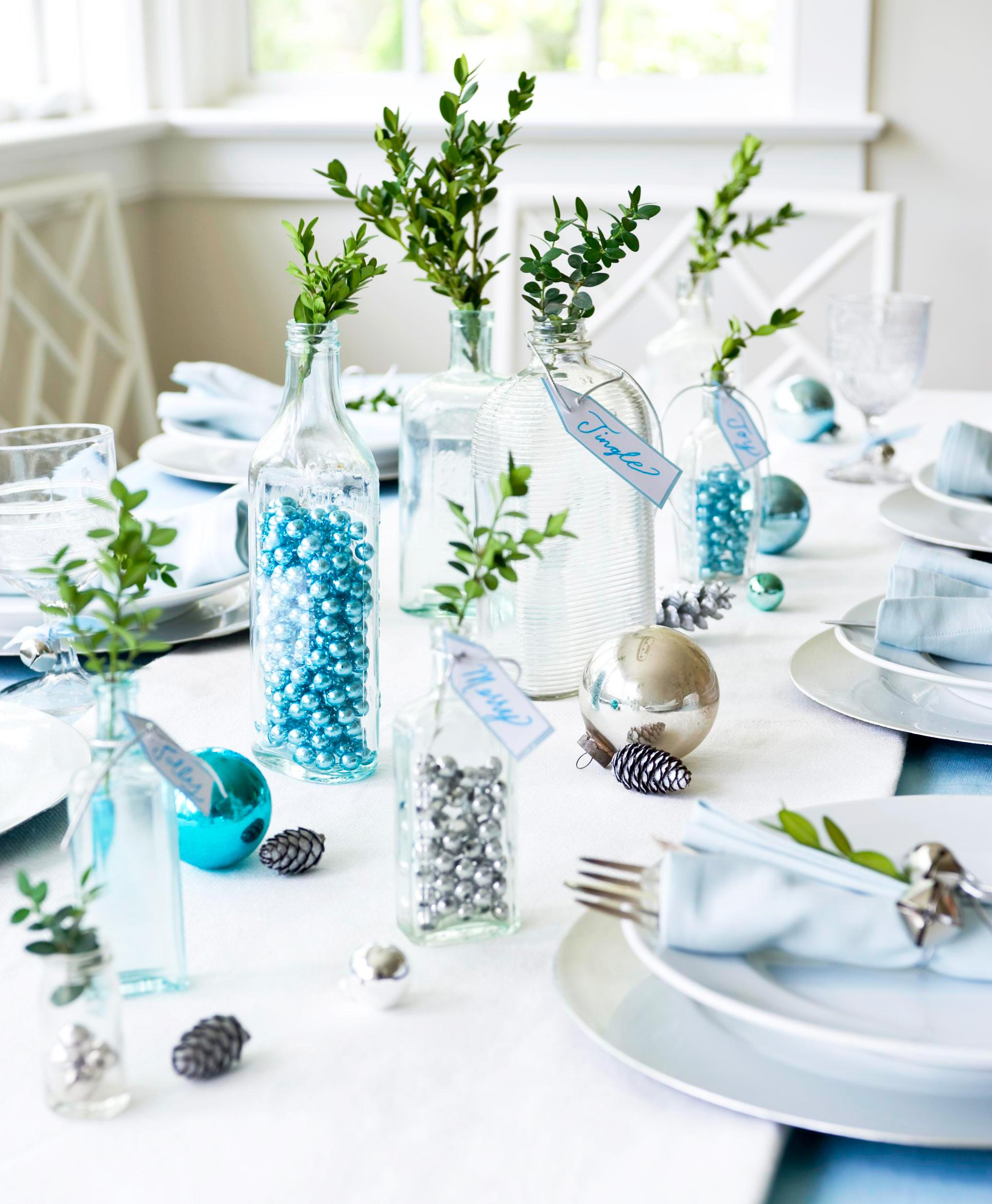 Christmas centerpiece ideas: glass bottles