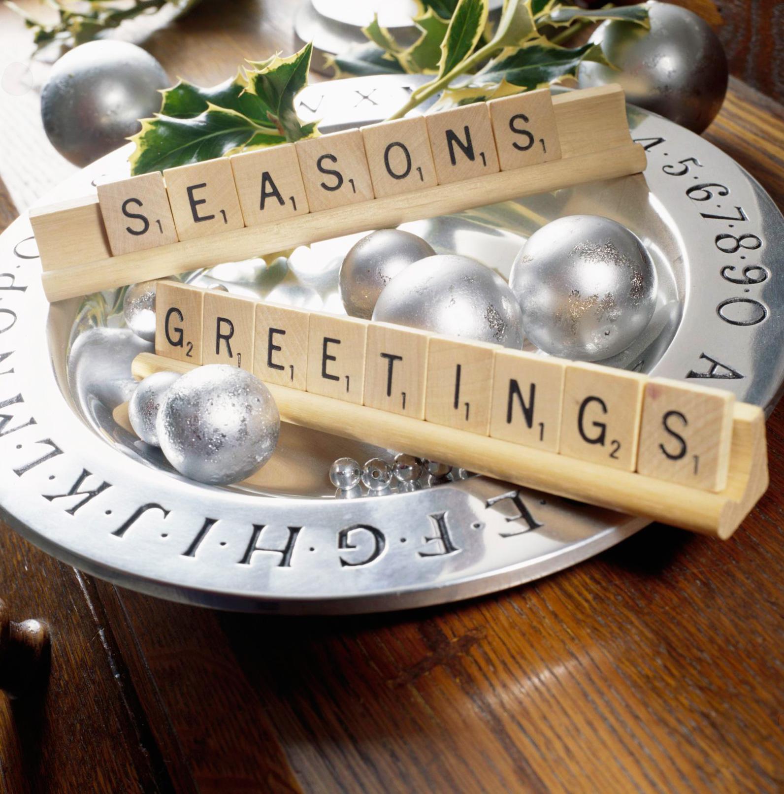 Christmas centerpiece ideas: scrabble